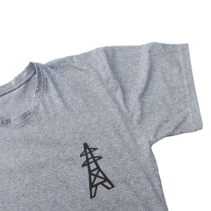 Franela de algodón Gris deportivo Color gris  Tallas S, M, L, XL  Hola@clubparticular.com