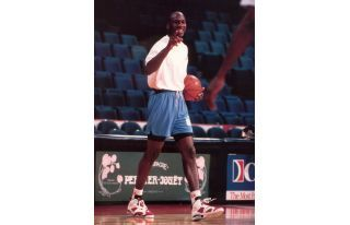 The 25 Best Michael Jordan Sneaker Pics on Tumblr