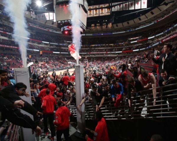 Chicago Bulls News: Best Lineup Construction Strategy For Success - http://www.morningledger.com/chicago-bulls-news-best-lineup-construction-strategy-success/13103955/