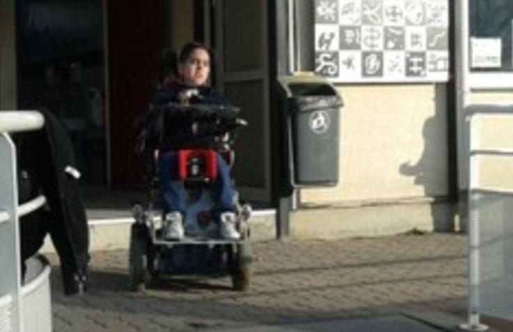Un appel aux dons pour acheter un fauteuil électrique à un Grenoblois de 11 ans