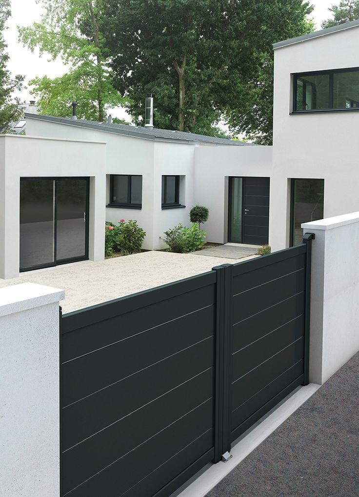 Portail et portes Contemporaine & Citadine By K-LINE Modèle Décor LIGNÉE  Profil aluminium anodisé, remplissage de lames larges de 255x18 mm, décor 1 face ou 2 faces (au choix)