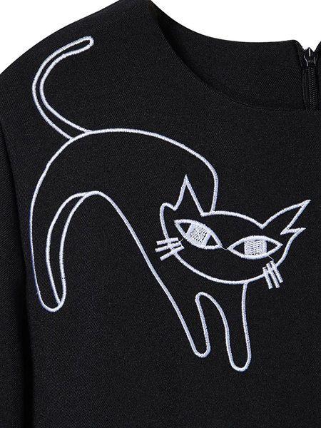 Cats O-Neck Long Sleeve Top Cats Short Skirt Twinset - US$30.22