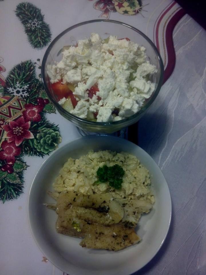 Zvířátkový den - rybí filé, květákový mozeček a šopský salát