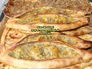 konya mevlana pidesi - küflü peynirli pide tarifi (7)