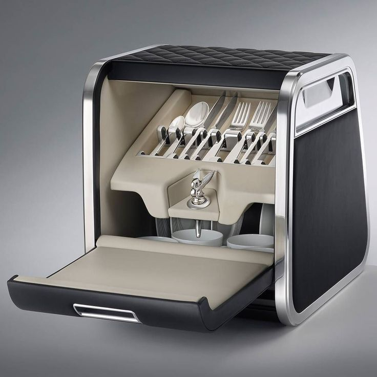 Pin By Bt On Flying B Bentley: The Linley Hamper By Mulliner: Four Sets Of Award Winning