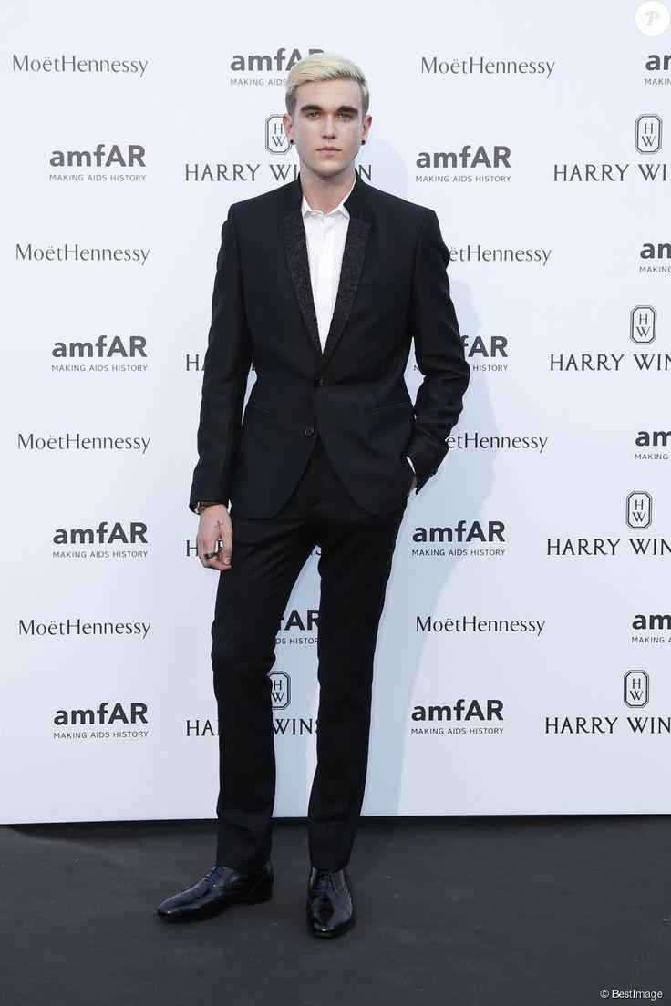 Gabriel-Kane Day-Lewis (fils d'Isabelle Adjani et de Daniel Day-Lewis) au Pavillon Ledoyen à Paris, le 5 juillet 2015.