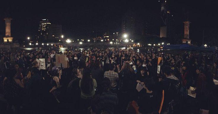 """""""Hasta que la dignidad se haga costumbre""""  Marcha por el Día Internacional de la Mujer en Monterrey - #8m #DíaInternacionaldelaMujer #8deMarzo #feminismos #machismo #violenciamachista #violenciadegénero #parointernacionaldemujeres #womenpower #NiUnaMenos #NiUnaMás #nosotrasparamos #parointernacionaldemujeres #Monterrey #NuevoLeón #méxico #alertadegénero #womensinternationalday - Foto: Realidad Expuesta"""