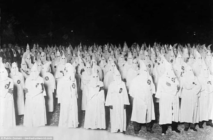 ku klux klan past and present essay The ku klux klan history essay sample  the ku klux klan was founded by six veteran soldiers of the confederacy after the loss and the abolishment of slavery with .