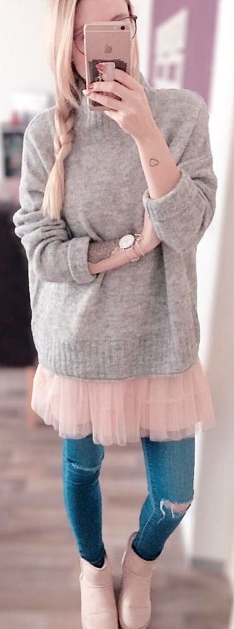 #winter #outfits gray crew-neck sweater