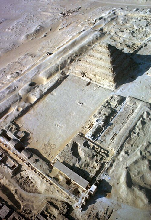 humanoidhistory: Aerial view of the step pyramid of Djoser in the Saqqara necropolis, Egypt, 1965, photo by Eliot Elisofon. (Smithsonian)