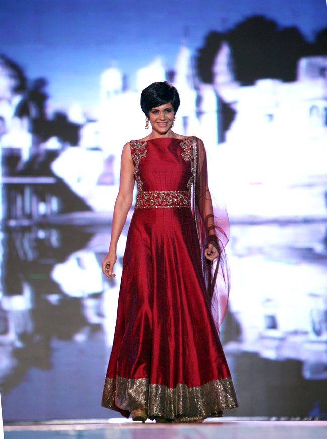 Feb, 14: Mandira Bedi at Manish Malhotra https://www.facebook.com/pages/Manish-Malhotra/147482601960327 & Lilavati Hospital's 'Save & Empower Girl Child' Show