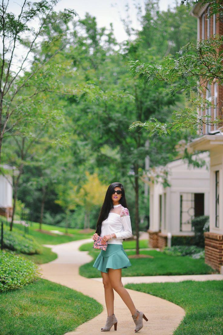 Floral Top with Flippy Scuba Skirt http://zunera-serena.com/nyfw-ss15-trends/