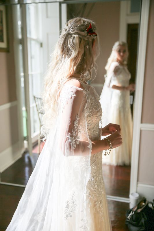 Wedding Dress. Mother of Dragons. Daenerys Targaryen. Classic. New Orleans. PapermoonPhotography. Cape. Braids. White
