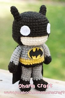 Batman Cushion Knitting Pattern : 17 Best ideas about Crochet Batman on Pinterest Chrochet, Crocheting and Cr...