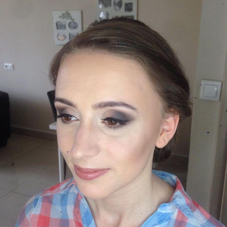 Marta ������#makeup #makijaz #makijazoczu #makijazwieczorowy #mua #kosmetyki #cosmetics #mac #inglot #lauramercier #swederm #kryolan #urbandecay #maybelline http://ameritrustshield.com/ipost/1549291802309113753/?code=BWAMK-KDzeZ
