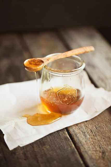 beautiful amber tones of fresh honey ~ photo from Hannah Queen's flickr stream