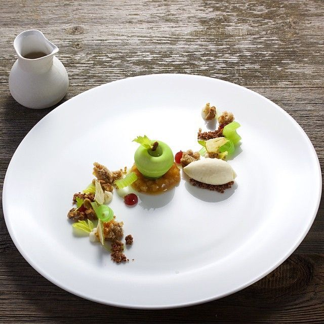 Granny Smith Apple, Celery & Walnuts. Gorgeous Dessert
