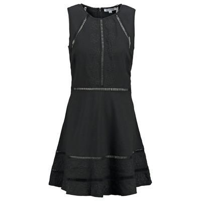 The little black day dress you can't live without #ZalandoXCovetMe #ZalandoStyle #covetme