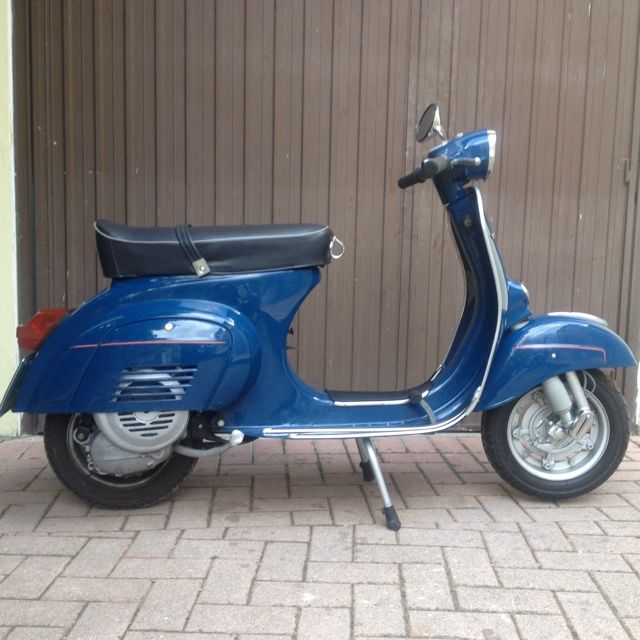 restored piaggio vespa 39 primavera 39 125cc from 1981 http. Black Bedroom Furniture Sets. Home Design Ideas