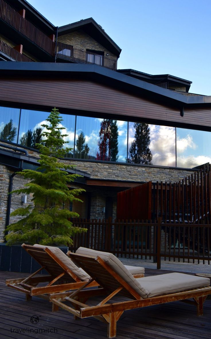 High up in the Pyrenees in the town of Soldeu lies Hotel Piolets Park &  Spa. They're a 4 star mountain hotel, and they wanted to prove to me that  they're the base camp for adventure in Andorra. Nature lovers be warned,  mouth watering may ensue.