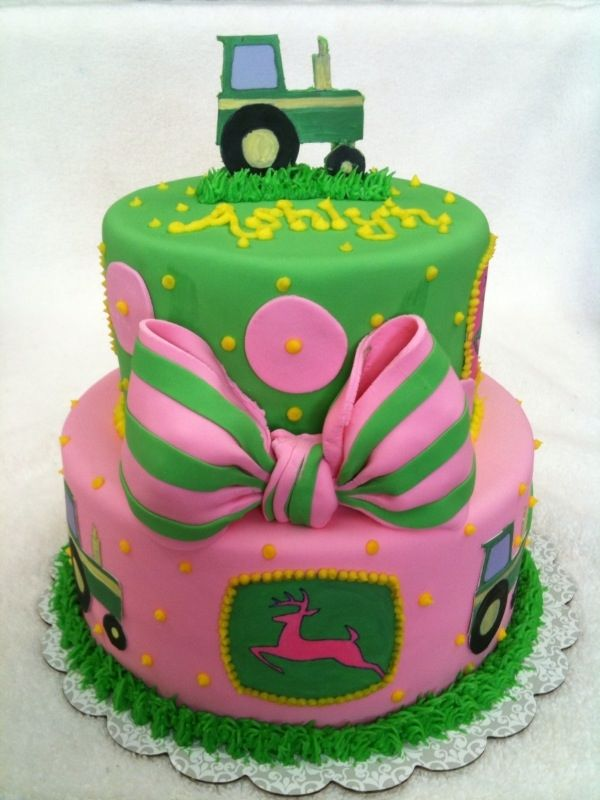 girly John Deere cake