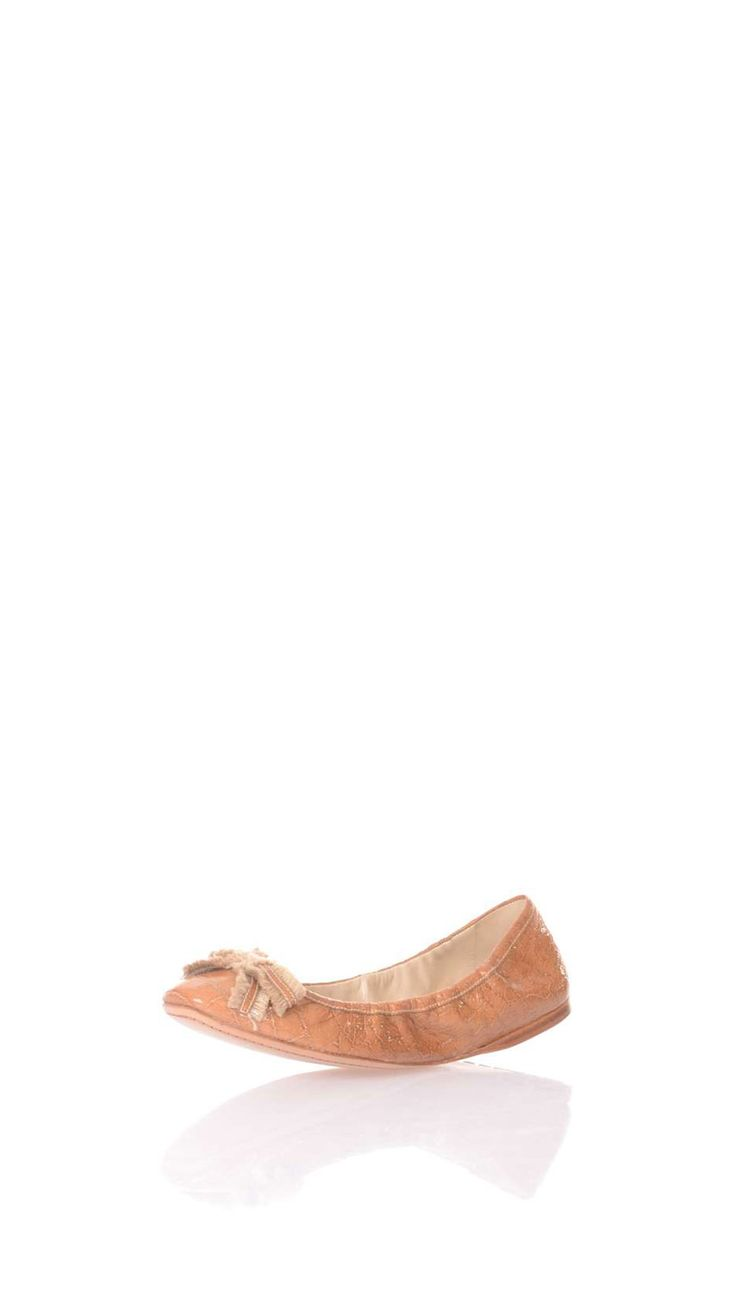 Car Shoe Camel leather ballerina pumps, 8 x 3 cm fabric front bow with leather details, leather lining, leather sole.