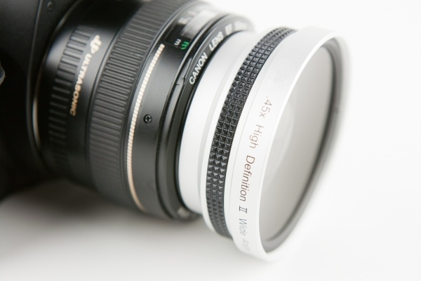 Wide angle and macro lens adaptor