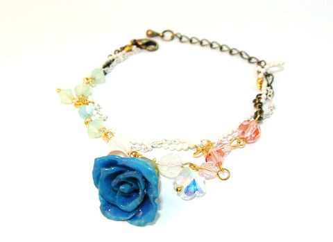 Dream 17 real rose bracelet Sarah Blue real flower jewellery collections