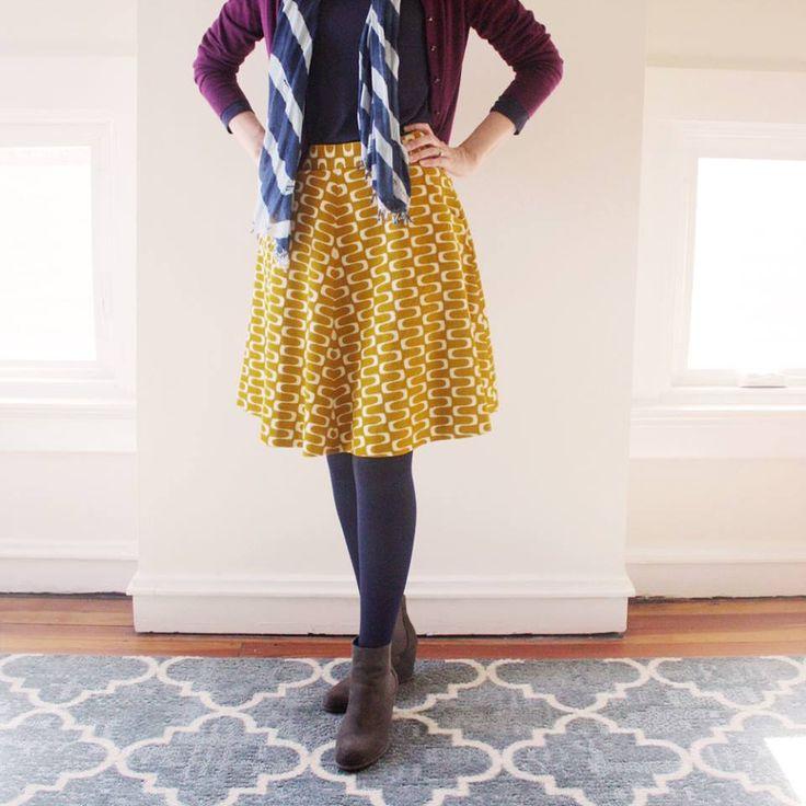 Hollyburn skirt sewing pattern, Jessica Jones barkcloth fabric for Cloud9 Fabrics, Wavelength print in gold.