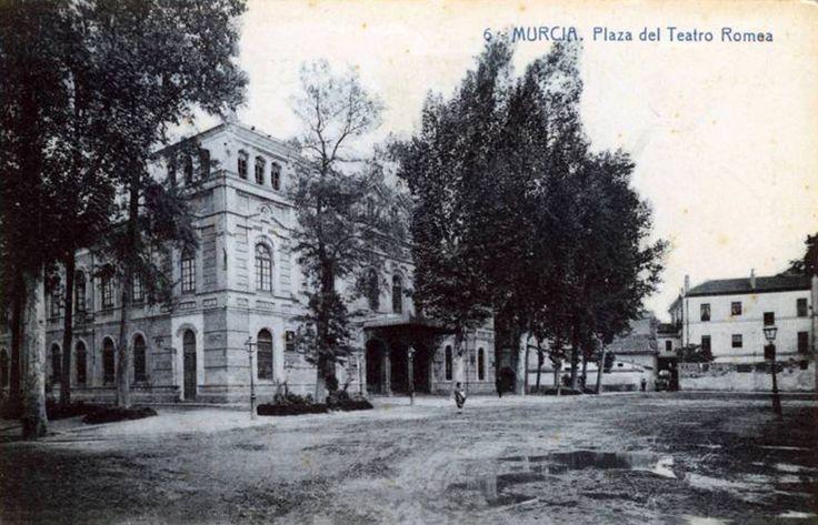 1920 Teatro Romea y plaza del esparto
