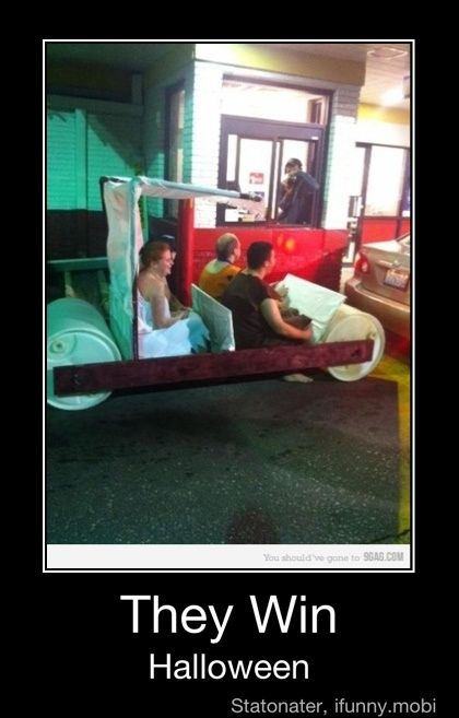 even the drive through person is taking a pic. haha