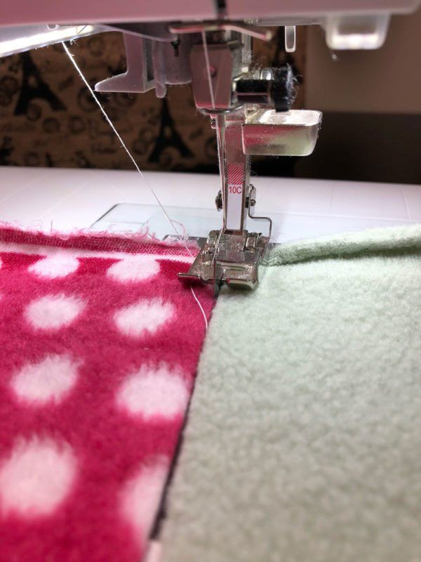Scrappy Fleece Blanket Tutorial Quilting Pinterest Sewing Interesting How To Quilt A Blanket With Sewing Machine