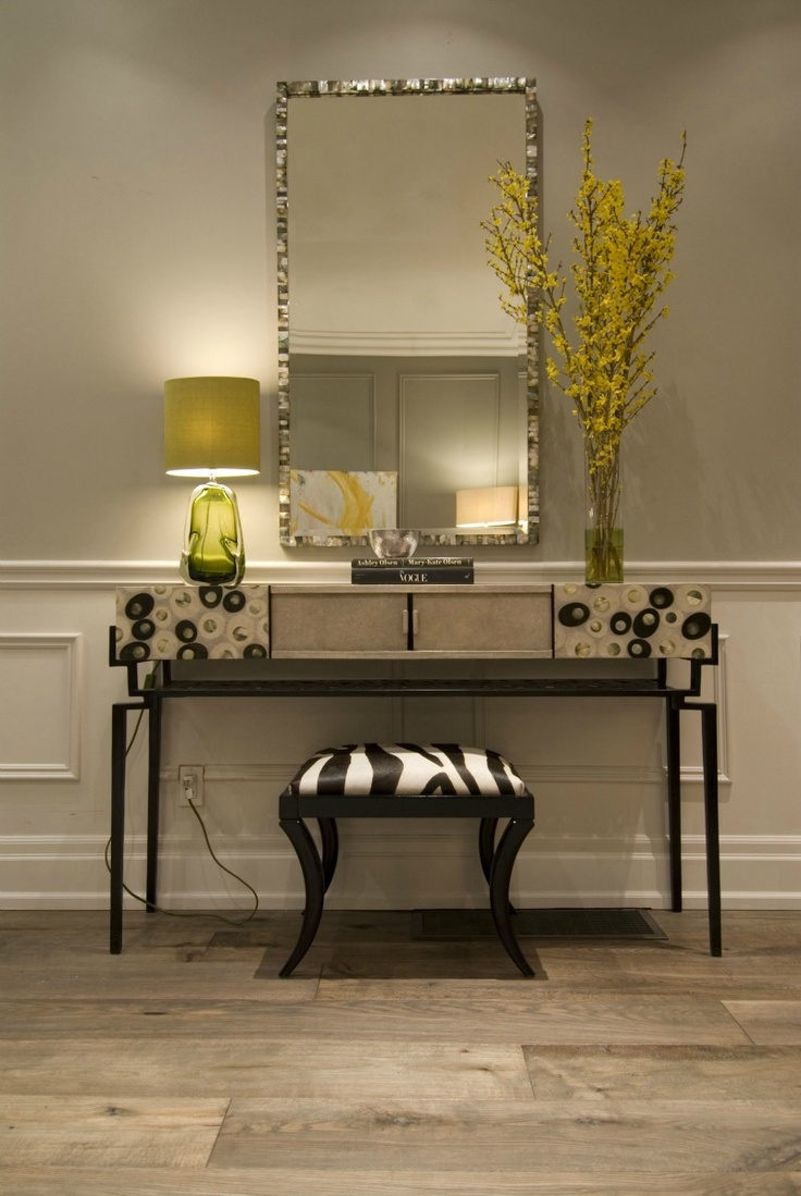 Entryway Vignette, Hgtv's Income Property Mirrored Furniturevignettessideboard