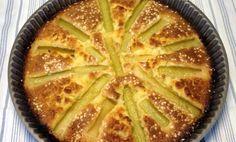 Denna goda rabarberkaka fick jag receptet på av en gammal dam som bakade de ljuvligaste kakor. Om hon fick oväntade gäster svängde hon snabbt ihop den eftersom den innehåller ingredienser man...