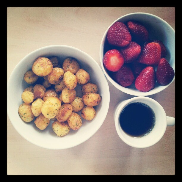 Sweet potatoes, strawberries and a cup of tea