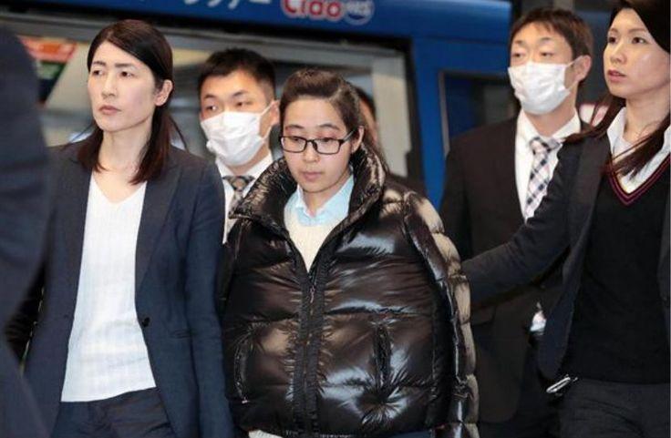 Brasileira extraditada da China ainda não recebeu mandado de prisão por assassinato