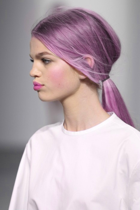 Lilac hair in a low ponytail #ghdcandy #violet