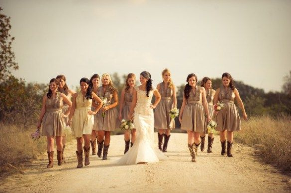 I will do this picture if i have a Rustic country wedding. Please give me a cowboy so I can marry him and have a country wedding. <3