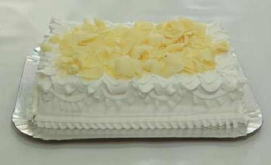Glacê de Leite Ninho, vou usar essa cobertura no bolo trufado alpino de chocolate branco e morango.
