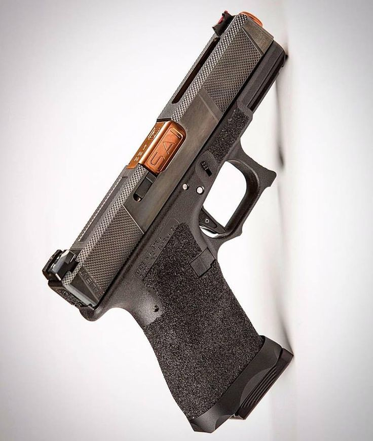 """Salient Arms """"Utility"""" Glock modification.Loading that magazine is a pain! Get your Magazine speedloader today! http://www.amazon.com/shops/raeind"""