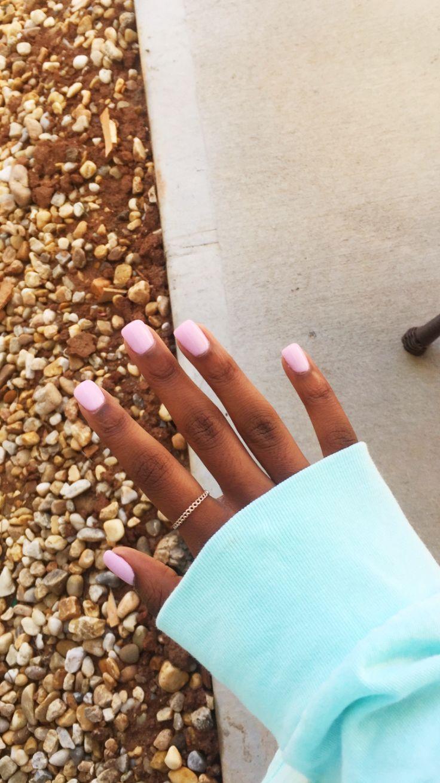 Pretty pink short acrylic nails #nailsacryliccoffin