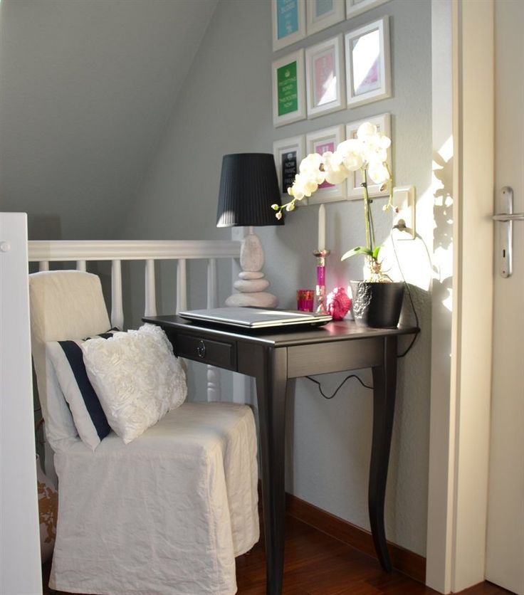 Turn an upstairs hallway into a small workspace with a LEKSVIK side table | Idea from Andrea's home in Austria