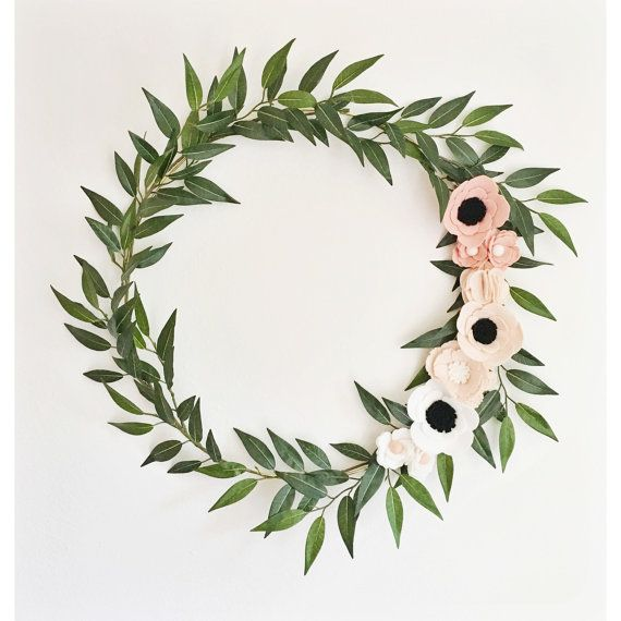 Wreath || Wreaths || Flower Wreath || Spring Wreath || Felt Flower Wreath || Modern Wreath || Wedding Wreath || Wreath Decor || Gold Wreath