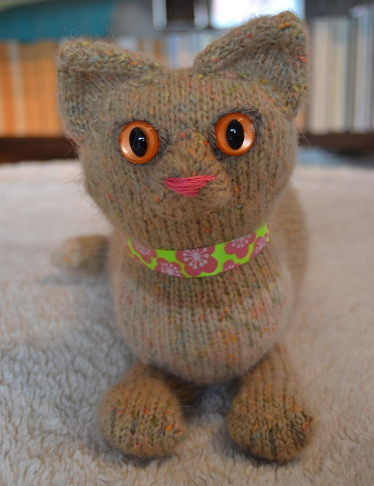 Chouette the brown fuzzy cat by osweetlife on Etsy