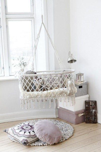 Suspended cradles, baby room, baby cot, lay babies