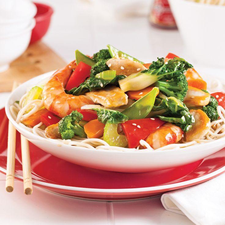 Vous ne connaissez pas la cuisine cantonaise? Ce chow mein délicieux est parfait pour l'apprivoiser!