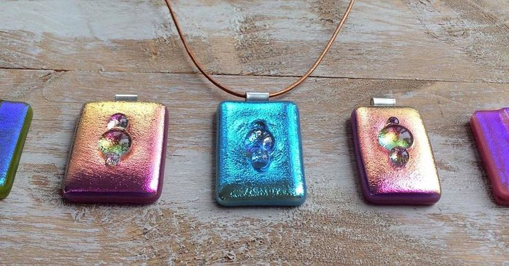 Different angle = different colours #dichroic #dichroicglass #dichroicjewelry #dichroicpendant