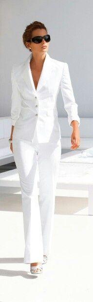 Classic white suit - http://media-cache-ak0.pinimg.com/originals/e2/af/b5/e2afb527b8b605522bbd3964f0ebc0c1.jpg