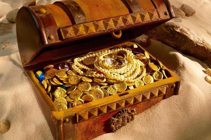 Всем любителям искать чужое добро в земле (и не только) посвящается.В 2007 году компания Odyssey Marine Exploration, которая специализируется на геолого-разведочных работах, нашла на шельфе испанский корабль. На борту были обнаружены золотые и серебряные монеты. После того как клад был найден, разразился ужасный скандал. Правительство Испании потребовало отдать клад. А само золото было вывезено с …
