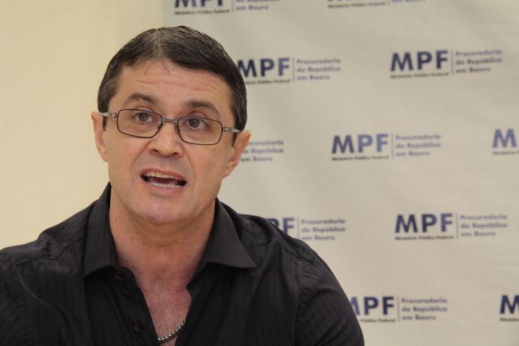 MPF apura fraude de R$ 3,7 milhões no Bolsa Família - O Ministério Público Federal (MPF) instaurou inquérito civil para investigar a suspeita de fraude no Programa Bolsa Família em Bauru. Segundo levantamento realizado pela 5.ª Câmara de Coordenação e Revisão - Combate à Corrupção, do MPF em Brasília (DF), o recebimento irregular do benefício na cidad - http://acontecebotucatu.com.br/regiao/mpf-apura-fraude-de-r-37-milhoes-no-bolsa-familia/
